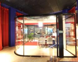 Stand Universal Selecta workplace3.0 - CHAKRA